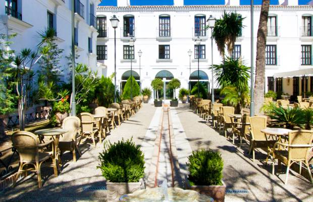 Book in advance hotel ilunion mijas